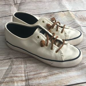 Sperry loafer shoes size 7.5 white